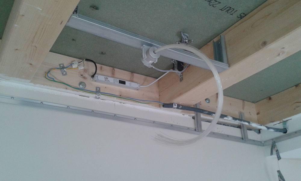 pose de plafond tendu toil par plafond tendu lm en alsace. Black Bedroom Furniture Sets. Home Design Ideas