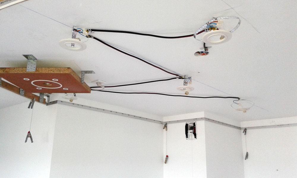 pose d 39 un plafond tendu laqu strasbourg par plafond tendu lm. Black Bedroom Furniture Sets. Home Design Ideas