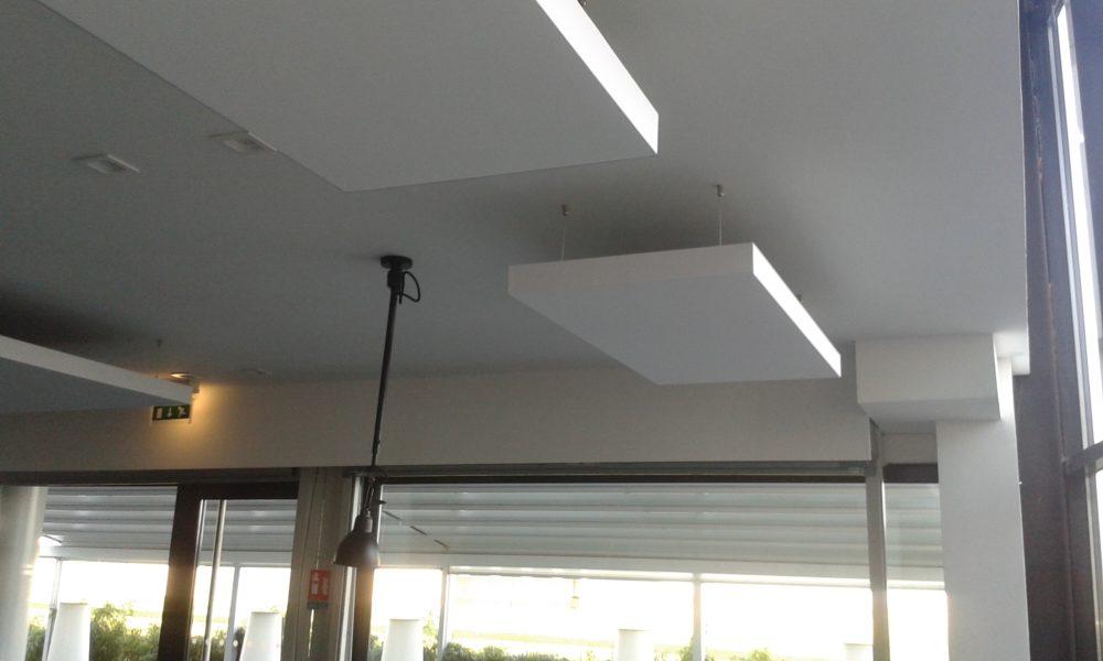 cadres arcolis pour correction acoustique plafond tendu lm. Black Bedroom Furniture Sets. Home Design Ideas